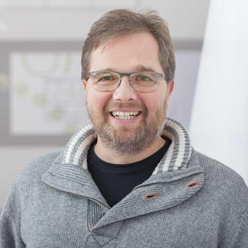 Dr. Daniel Gehr